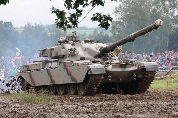 戦車チーフテン
