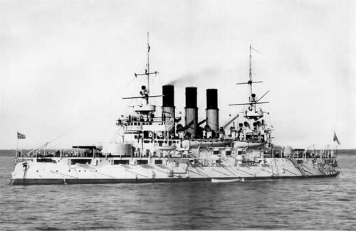 ロシア戦艦 レトヴィザン