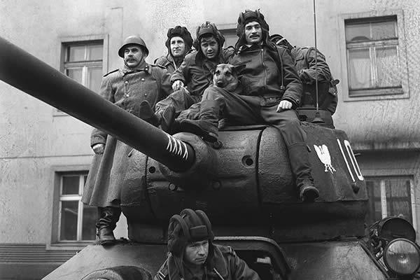 T-34-85 Rudy ポーランドドラマ