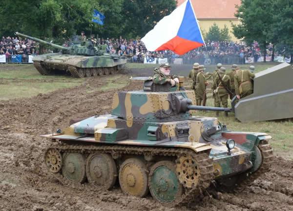 チェコスロバキア戦車 LT-38 38(t)