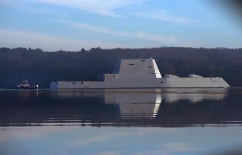 アメリカ ズムウォルト級ミサイル駆逐艦 003