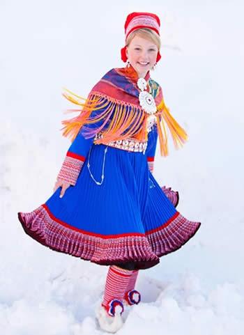 フィンランド 民族衣装 サーミ族