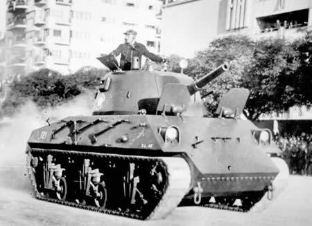 アルゼンチン ナウエル DL 43(ナヒュール中戦車)