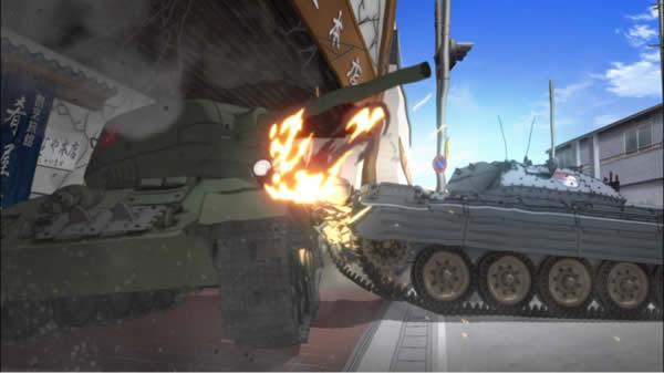ガールズ&パンツァー T-34/85 クルセイダー 衝突 クラーラ ローズヒップ