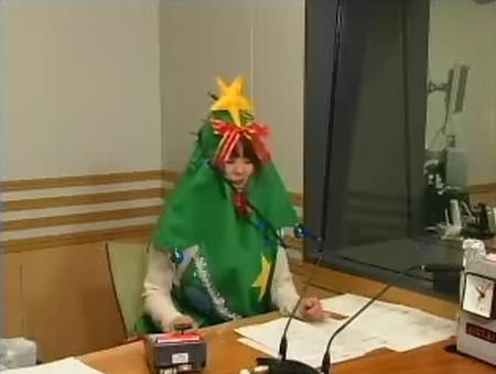 井口裕香 クリスマスツリーコス