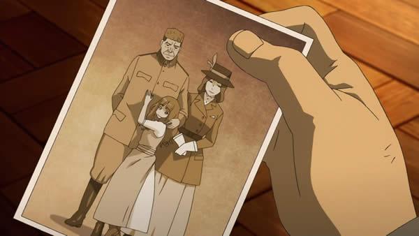幼女戦記 家族の写真を見て死亡フラグを立てるアンソン・スー