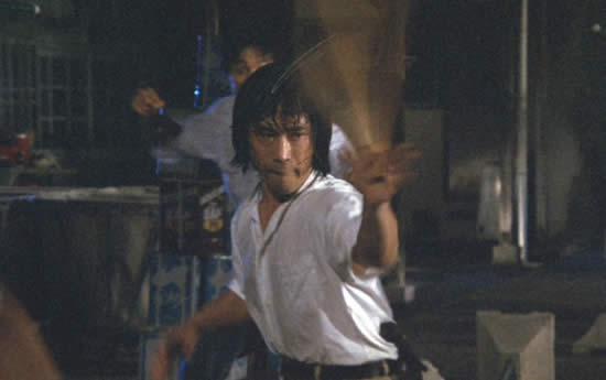刑事物語 武田鉄矢 ハンガーヌンチャク