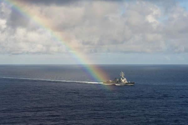 スプルーアンス級駆逐艦 虹の架け橋