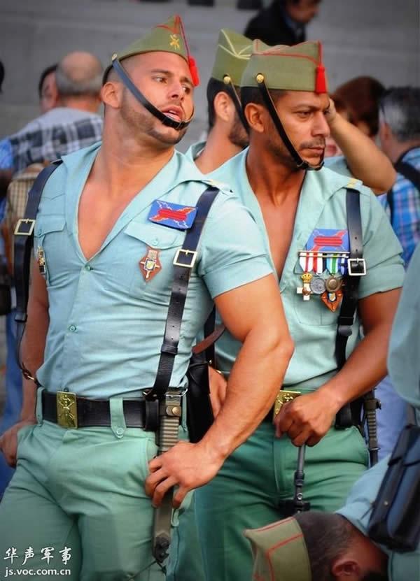 スペイン 外人部隊 胸元 02