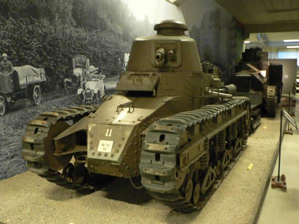 ラーゴ 戦車 スウェーデン