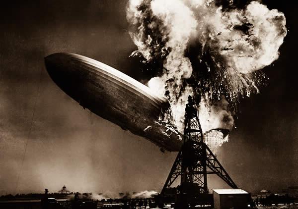 飛行船 ヒンデンブルク号 爆破 炎上