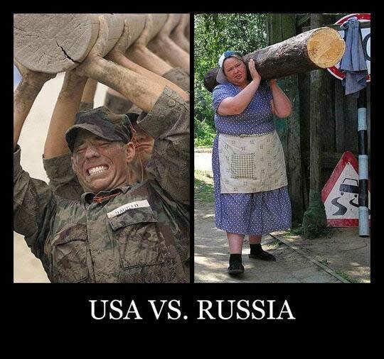 丸太を持つアメリカ人とロシア人比較
