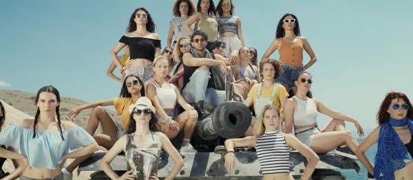 戦車 女性 男性も